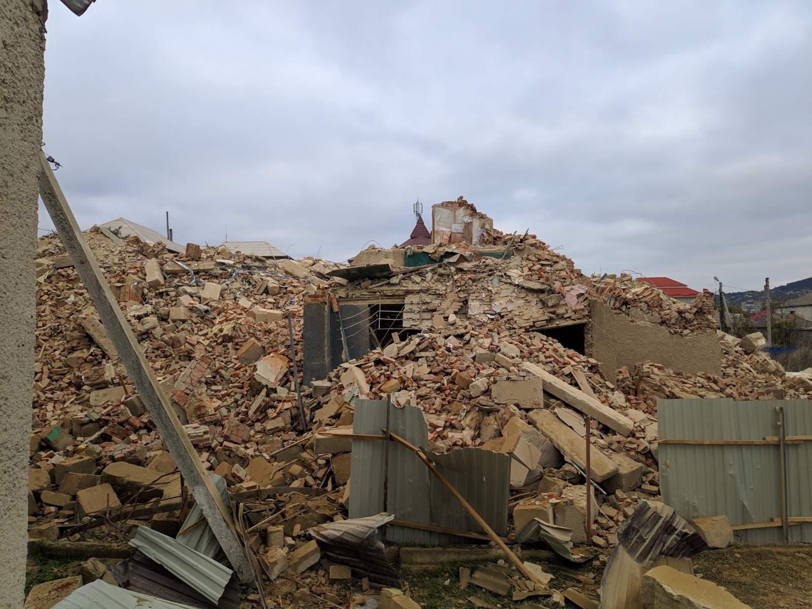 Blocul prăbușit de la Otaci a fost demolat în totalitate - FOTO
